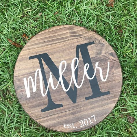 Personalized Wooden Sign Round Wood Sign Last Name Wedding Gift Personalized Home Decor Monogrammed Sign Established Family Sign Personalized Initial and Name Sign Round Wood Custom Sign Diy Wood Signs, Vinyl Signs, Custom Wood Signs, Wooden Name Signs, Pallet Signs, Custom Art, Personalized Wooden Signs, Personalized Wedding Gifts, Wreaths