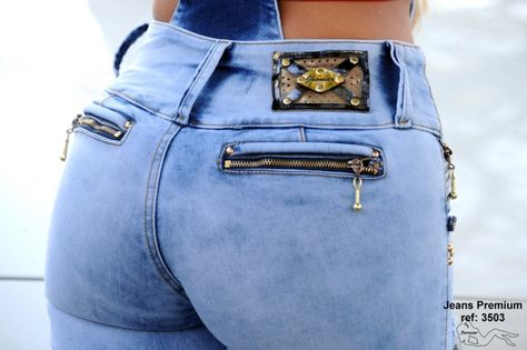 Jeans Levanta Cola Colombiano