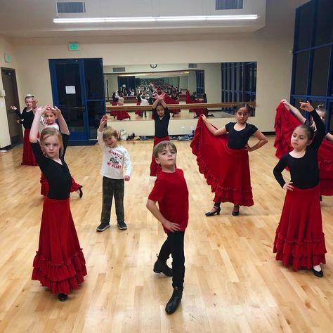 Repost Lavivaflamenco Clases De Flamenco Para Niños En Dana Point Van A Bailar En San Juan Capistrano Flamenco Kids Class Baile Vamos A Bailar Flamenco