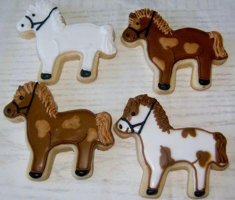 Horse cookies by The Sugar Gals www.facebook.com/SugarGals