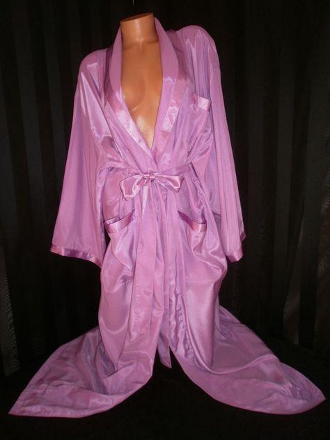 Vintage 90/'s Victorias Secret Robe Kimono in Peach Silk