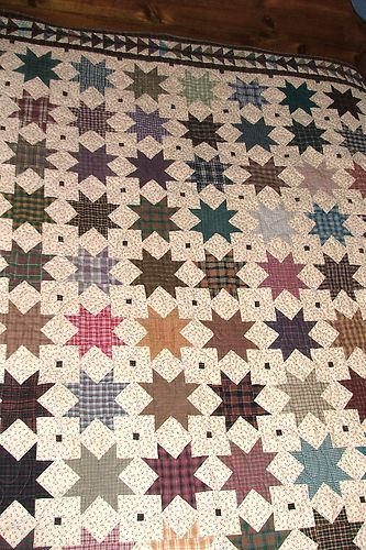 "Handmade SHOOTING STAR and FLYING GEESE QUILT, rustic, 88"" x 102"", bedding"