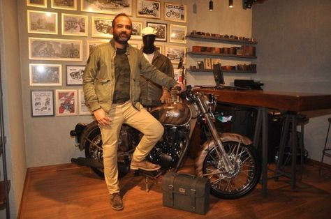 Pin By Car Blog India On Indian Bike News Royal Enfield Bike News