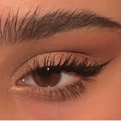 Cat eye lovely makeup - ChicLadies.uk