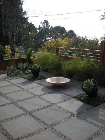 31 Small Paver Patio Ideas Pictures With Fire Pit Tips Building 2019 Modern Landscaping Pea Gravel Patio Backyard Patio