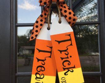 Wood Tags - Door Hanger - Trick or Treat - Hand Painted - Wood Door Tags - Halloween Decoration