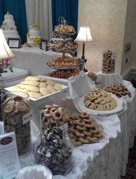 Wedding Cookie Table, a Pittsburgh tradition! | The Bailey Bunch ...