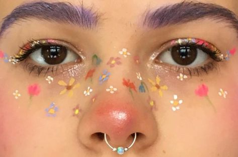 Image about art in nails&eyes by Mitzi Perez on We Heart It Aesthetic Makeup art Heart Image Mitzi n Eye Makeup Art, Cute Makeup, Pretty Makeup, Beauty Makeup, Makeup Drawing, Teen Makeup, Makeup Eyeshadow, Eyeshadow Palette, Rosy Makeup