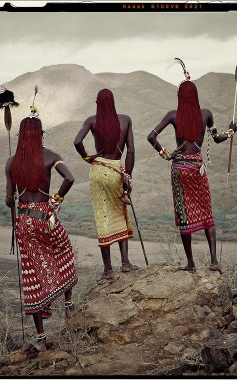 See These Heartbreaking Photos Of The World's Disappearing Cultures, Before They Fade Away