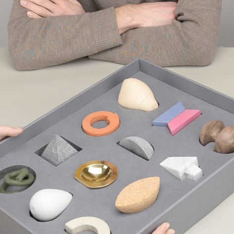 like how each piece is individual and you can pick up each piece Design Academy Eindhoven graduate Nicolette Bodewes has created a tactile toolkit designed to be used in psychotherapy sessions.