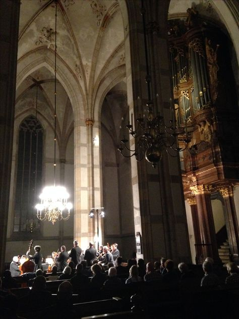 Grote kerk Zwolle.  Amsterdam Baroque orchestra Ton Koopman. Bach