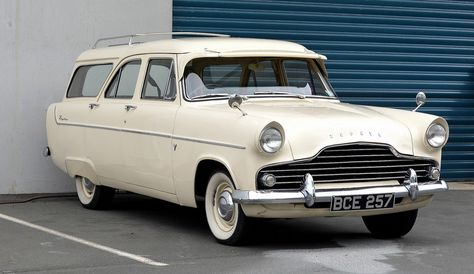 Pin By David On Autos With Images Classic Cars British Mustang Fastback Ford Zephyr