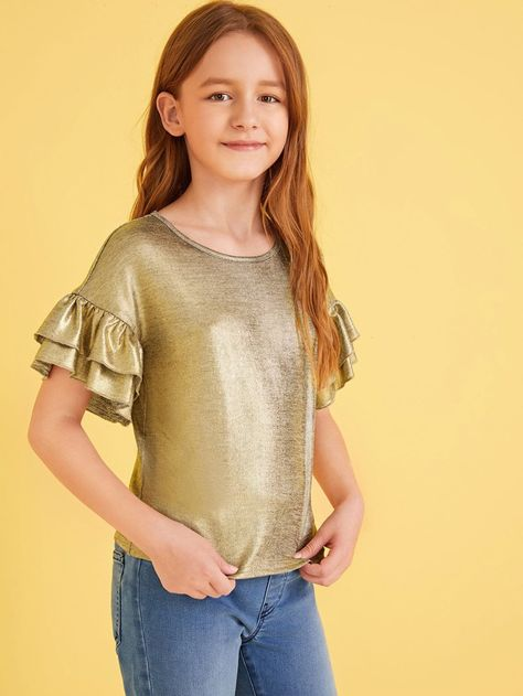 To find out about the Girls Ruffle Layered Cuff Metallic Top at SHEIN, part of our latestGirls T-Shirts & Tanks ready to shop online today!