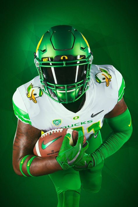 Sport is lifre Oregon Ducks Football, Ohio State Football, Nfl Football, American Football, Oklahoma Sooners, Cool Football Helmets, College Football Uniforms, Football Pictures, Nba Pictures