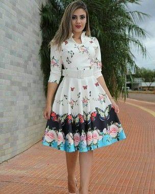 d9fc41cad78b96 Vestido Midi Luna Floral com Cinto | Vestidos simples | Moda ...