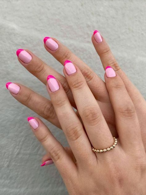 Sydne Style shows spring 2020 nail trends with colorful french manicure nail design Spring Nail Trends, Winter Trends, Spring Nails, New Nail Trends, Summer Nail Art, Summer Nails, Latest Trends, Manicure Nail Designs, French Manicure Nails