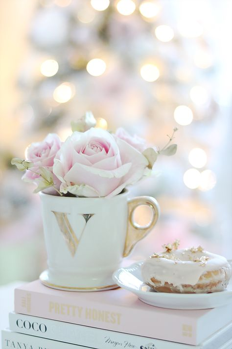 Blush Pink Donuts Coffee Books and Roses.. | La Vania