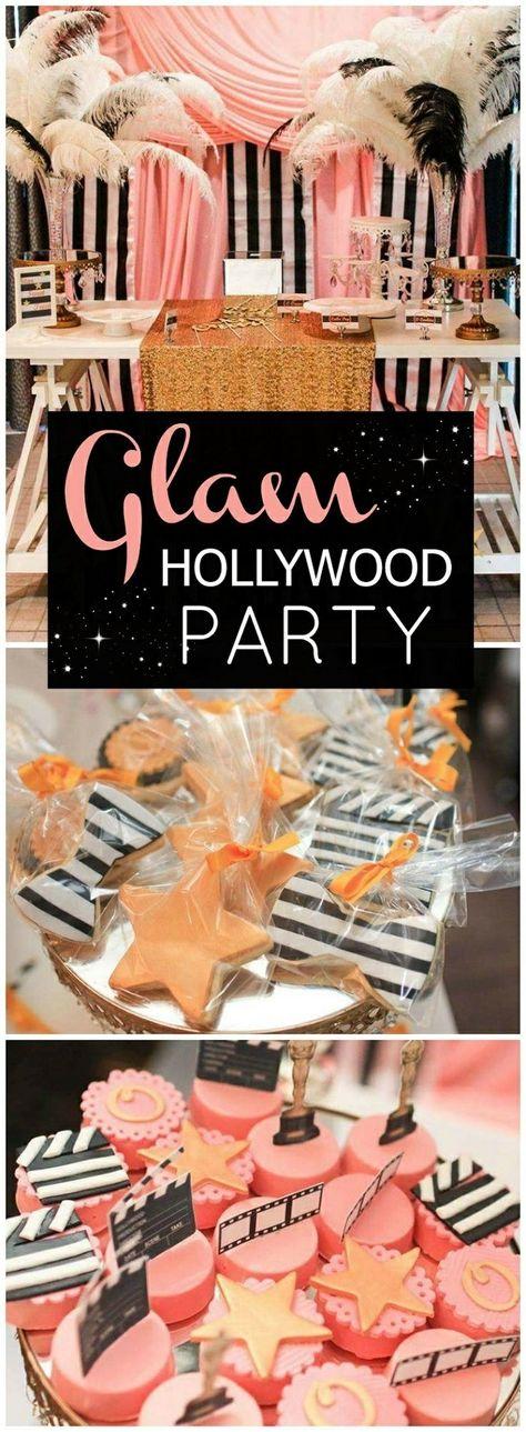 18 geburtstag deko bei einer holywood party in schwarz weiß und rosa, glamouröse partyidee, sterne kekse, feder deko