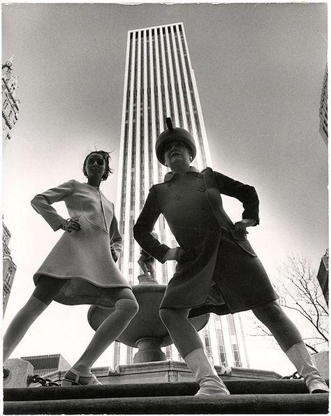 Bill Cunningham, GM Building, New York City, ca. New York Historical Society