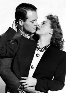 Pin De Victorguarna En Old Hollywood Glam Joan Crawford Actor Comico Barbara Stanwyck