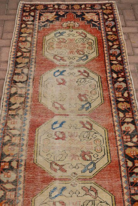 3 10 Ft 1980s Vintage Turkish Anatolian Runner Carpet Steamed Oriental Floral Pattern Wool Runner Carpet Hallway In 2020 Wool Runner Rug Rug Runner Hallway Rug Runner