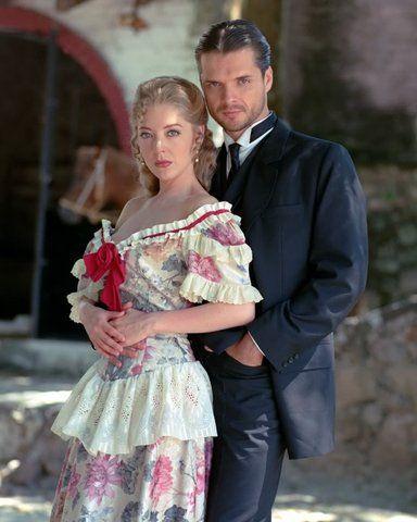 Mónica y Andrés (Edith González y Ariel Lopez Padilla) - in Italia: Beatrice e Andrea