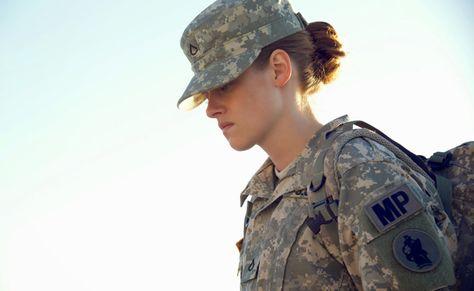 Épinglé sur Look army au féminin de stars