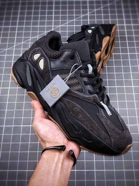 """New Adidas Yeezy 700 boost """"utility black"""" FV5304   Kixify"""