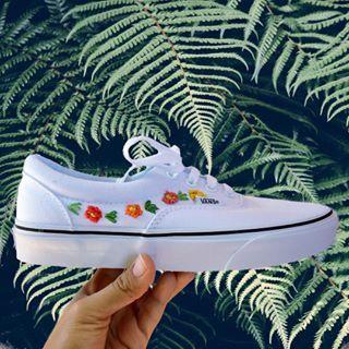vans blancas mujer flores