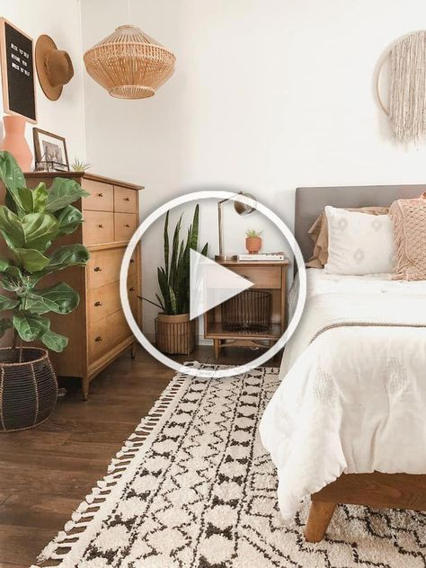 Cozy boho bedroom with neutral color pallet. - #bedroom #Boho #Color #Cozy #Neutral #Pallet