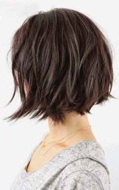 37 Short Choppy Layered Haircuts Messy Bob Hairstyles 38 Best Balayage Hair Color Ideas Right Now In 2020 Messy Short Hair Messy Bob Hairstyles Angled Bob Hairstyles