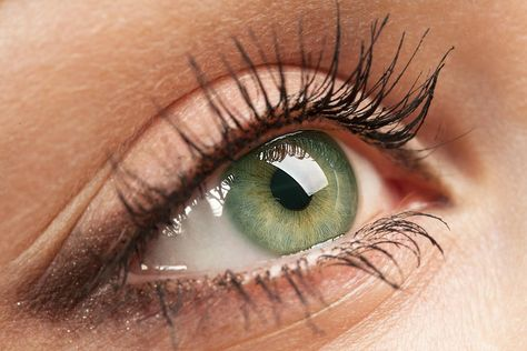 Slechts 2% van de wereldbevolking heeft groene ogen. Dat maakt hen uniek, mooi én extra verleidelijk, blijkt uit onderzoek.