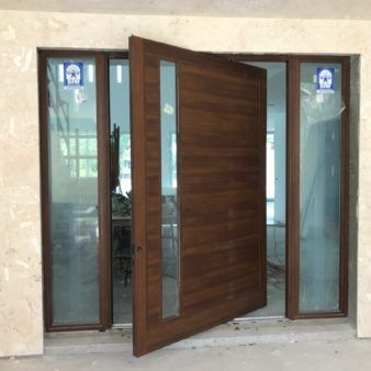 Impact Pivot Doors Florida Hurricane Pivot Doors Siw Impact Windows Doors Impact Doors Pivot Doors Traditional Windows And Doors
