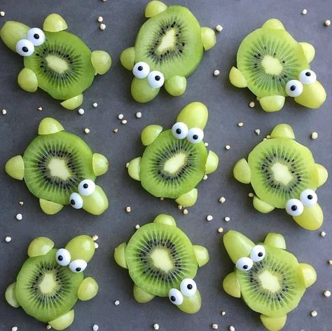 Super Fruit Appetizers For Kids Green Grapes 47 Ideas Food Art For Kids, Cooking With Kids, Fruit Art Kids, Fruits For Kids, Cooking Food, Food Prep, Cooking Tips, Kid Friendly Dinner, Kid Friendly Meals