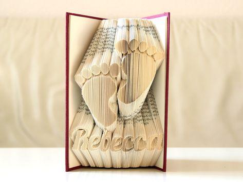 Füßchen Mit Name Gefaltetes Buch Ein Schönes Geschenk