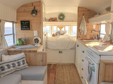 A couple and their baby call this converted school bus home when they are on the road having adventures. A couple and their baby call this converted school bus home when they are on the road having adventures. Bus Living, Tiny House Living, Tiny House 3 Bedroom, Casas Trailer, Bus Remodel, How To Remodel A Camper, School Bus Tiny House, School Bus Rv, School Tips