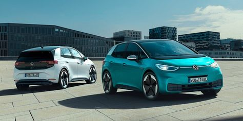 First Vw Id3 Deliveries In The Uk Falsely Rumored To Be Faster Than Expected In 2020 Electric Cars Volkswagen Hybrid Car