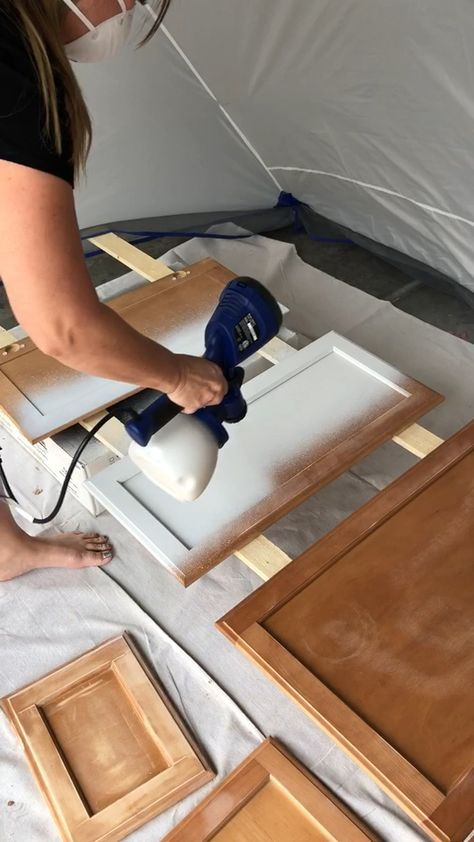 Learn The Best Way To Paint Cabinets Chalk Paint In A Sprayer With Images Diy Kitchen Cabinets Painting Cabinets Diy Kitchen Renovation