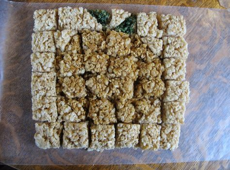 Almost Unschoolers: Pumpkin Rice Krispie Treats