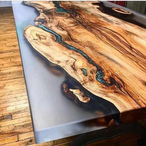 Comment réaliser une table rivière avec de la résine époxy ?