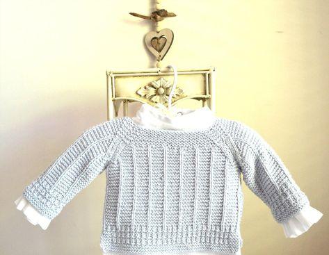 bd932b39fba7 Simple textured raglan sleeve sweater with side splits P092 ...