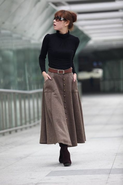 20 Choices Of Long Button Skirts That Make You Look More Fashionable
