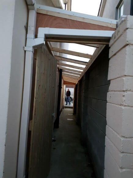 Are You Considering Building A New Garden Shed This Roof Over Side Passage Could Be The Answer A Strong Durable Lean To R Lean To Roof Lean To Curved Pergola