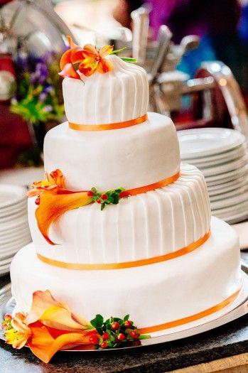 Hochzeitstorte Calla in Weiß & Orange