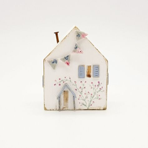 Please do not pin with the intention of copying. New in the shop today is this pretty little bunting cottage.  #littlewoodenhouse #cottage #countrycottage #cornishcottage #coastalcottage #summercottage #cottagelife #rosecottage #roses #bunting #floralbunting #mixedmedia #mixedmediaart #mixedmediaartist #folkart #bspoque #etsy #giftideas
