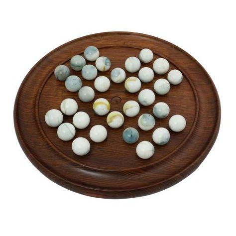 Jeu du Solitaire - Plateau en bois et billes - Jouet fabriqué artisanalement en Inde - Idée cadeau de noël 2012 de ShalinCraft, http://www.amazon.fr/gp/product/B009GDFFV6/ref=cm_sw_r_pi_alp_0llfrb1SN3KW6