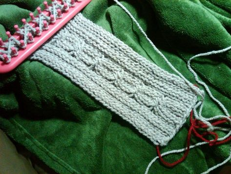 Cable stitch on the long loom
