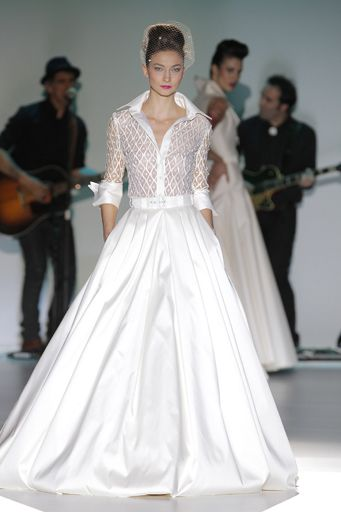 Stylish Wedding Outfit from Isabel Zapardiez Bridal Collection