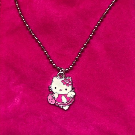 Hello Kitty Ball Chain Choker Necklace of your dreams 💖 The pendant charm sits on a silver stainless steel ball chain. - Sold by Hello Kitty Outfit, Hello Kitty Clothes, Hello Kitty Jewelry, Hello Kitty Accessories, Hello Kitty My Melody, Hello Kitty Things, Cute Jewelry, Jewelry Accessories, Cat Necklace