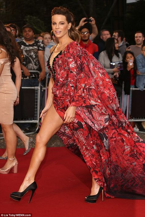 GQ Men Of The Year Awards: Kate Beckinsale flaunts sensational figure